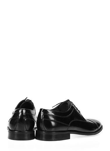 İnci %100 Deri Bağcıklı Klasik Ayakkabı Siyah